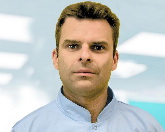 jacek słomiński chirurg stomatolog